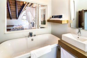 Ensuite Bathroom Luxury Accommodation Shelley